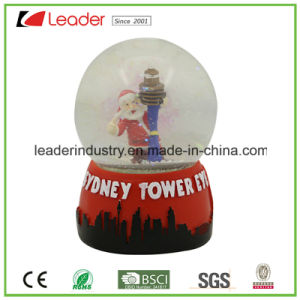 Polyresin Customized Snow Globe with Glitter for Promotional Gifts, OEM Snow Globe pictures & photos