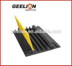 Rubber Cable Protector/Cable Protector Floor/5-Channel Cable Protector pictures & photos