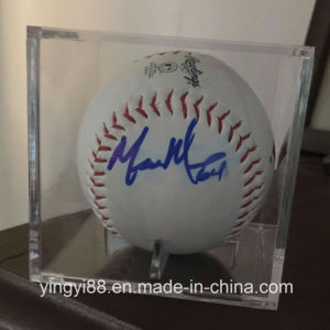 UV Protected Acrylic Baseball Display Case pictures & photos