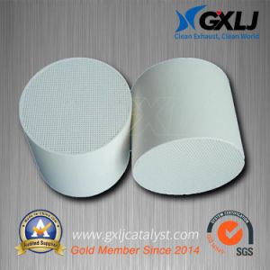 Exhaust Catalytic Converters Ceramic Honeycomb Substrate Filter pictures & photos