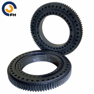 Slewing Bearing with Black Coating Leader China Manufacturer pictures & photos