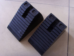 Factory Produce Rubber Mould Wheel Chock pictures & photos