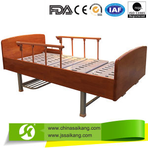 Manual Home Care Bed with Aluminum Siderail (CE/FDA/ISO) pictures & photos