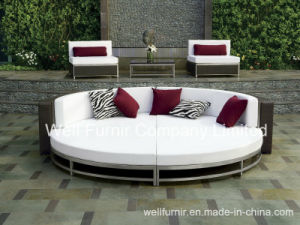 Patio Wicker Furniture/Outdoor Rattan Daybed/3-PC Round Wicker Bed pictures & photos