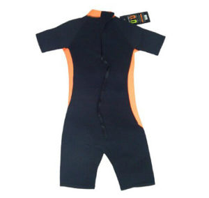 2017 OEM New Fashion Children Wetsuit pictures & photos