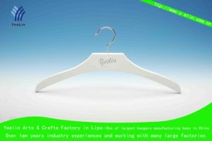 Fashionable Wholesale Wooden Clothes Hanger, Shirt Hanger (YLWD84011W-WHT1) pictures & photos