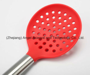 Eco-Friendly Silicone Kitchenware Set: Silicone Strainer Sk22 pictures & photos