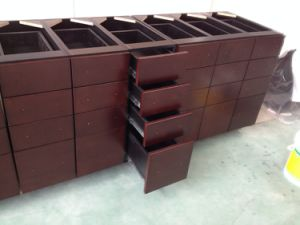 Maple Base Drawer Cabinets for Kitchen Furnitures Use pictures & photos
