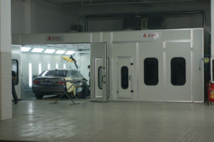Automobile Paint Booth for North European Market (JZJ-9600) pictures & photos