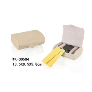 Compact and Convenient Shoe Cleaning Set for Travelling pictures & photos
