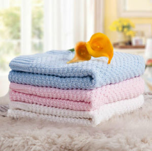 100% Cotton Cable Knitted Baby Blanket pictures & photos