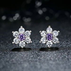 Wholesale Sterling Silver CZ Stud Earrings pictures & photos