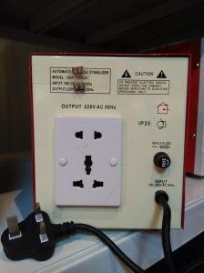 Der Relay Type AC Voltage Stabilizer/Power Regulator pictures & photos