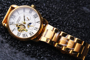 Golden Automatic Watch with Visiable Back pictures & photos
