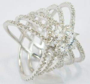 Fashion CZ Jewelry Stainless Steel Heart Shaped Ring Designs pictures & photos