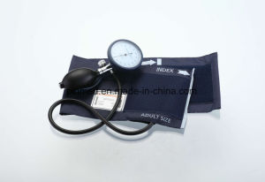 Single Tube Palm Type Aneroid Sphygmomanometer pictures & photos