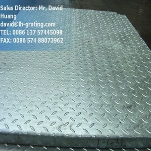 Galvanized Compund Steel Grating with Checker Plates pictures & photos