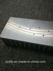 6063 Alloy Machining Aluminium/Aluminum Extruded Heatsink pictures & photos