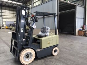 2.0 Ton Electric Forklift Battery Operated Forklift Truck pictures & photos