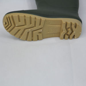 PVC Rain Boots (Green upper/Yellow Sole) . Work Shoes pictures & photos