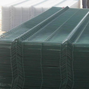 Curve Fence/Triangle Bending Wire Mesh Fence/Welded Wire Mesh pictures & photos