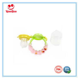 Mesh Food Feeder with Silicone Sac and Rattle Handle pictures & photos
