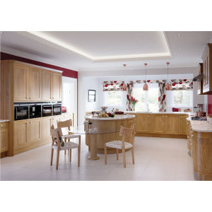Kitchen Cabinet Designs 2016 Ktichen Furniture Made in China Solid Wood Door pictures & photos