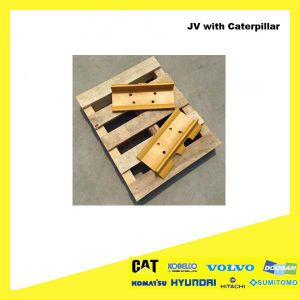Crawler Bulldozer Steel Spare Part Single Grouser Track Shoe D155c for Komatsu pictures & photos