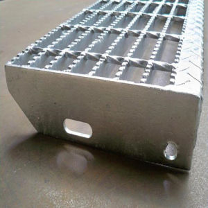 Welded Bar Grating Stair Treads pictures & photos