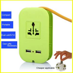 Fashion Green Mini Multifunctional USB Travelling Socket