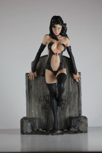 Desinged Realistic Character Figurine with Resin Material pictures & photos
