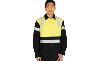 Custom Design Men′s Hi Vis Workwear Made in China pictures & photos