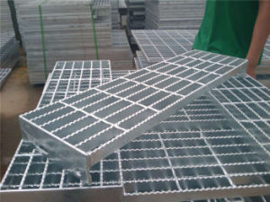 Steel Bar Gratings/ Stair Tread/ Metal Bar Grating pictures & photos
