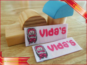Garment Woven Label Factory Made Woven Fabric Label pictures & photos