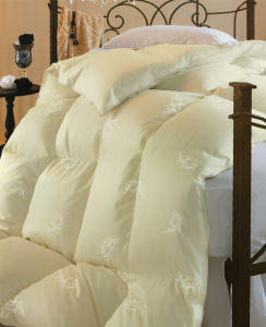 Luxurious Comfortable Bedding Quilt 100% Down and Feather