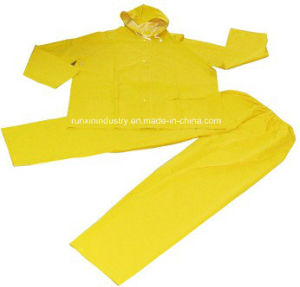 2PCS PVC Rainsuit with Elasticity Trousers R9001 pictures & photos