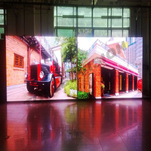 SMD LED Screen P8 pictures & photos