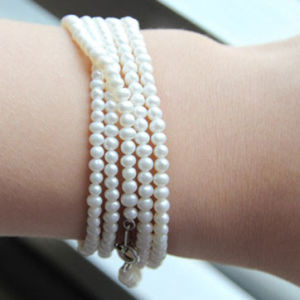 2-3mm Potato Natural Cultured Freshwater Pearl Bracelet (E150032) pictures & photos