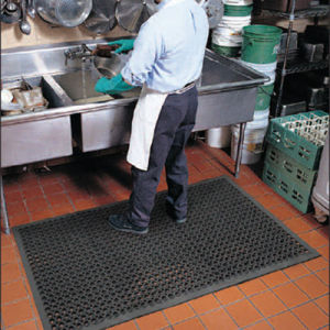 Anti-Slip Drainage Bathroom Kitchen Rubber Mat, Rubber Anti-Fatigue Mat pictures & photos