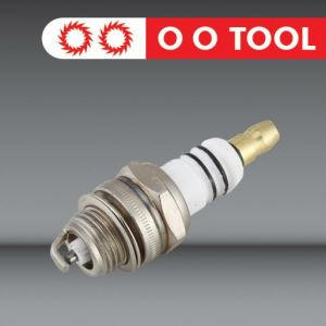 Spark Plug for Husqvarna 268 Chain Saw pictures & photos