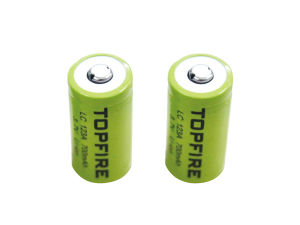 Topfire 3.7V 700mAh LC123A Li-ion Rechargeable Battery (WS40039) pictures & photos