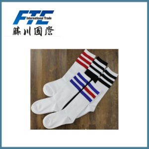 100% Cotton Custom Dry Fit Running Sports Socks pictures & photos
