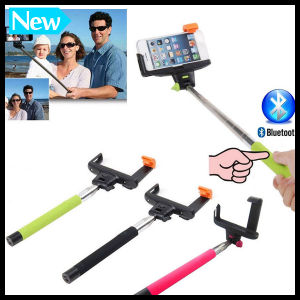 Colorful Foldable Extendable Monopod Handheld Selfie Stick Wand Rod Arm with Bluetooth Shutter Button and Zoom pictures & photos