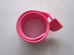 Soft Rubber Slap Wristband USB Flash Drive (OM-P151) pictures & photos
