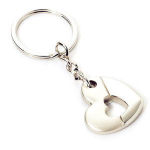Metal Zinc Alloy Customized Promotion Heart Shape Key Chain (F1389) pictures & photos
