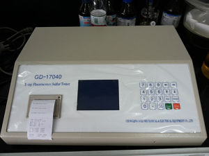 ASTM D4294 Xrf Sulfur-in-Oil Analyzer Sulphur Content Tester Gd-17040 pictures & photos