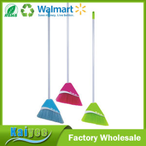 Factory in China Long Handle Sweep Easy Plastic Broom pictures & photos