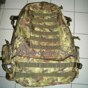Strong Military Camouflage Backpack Hiking with Tearproof (HY-B068) pictures & photos