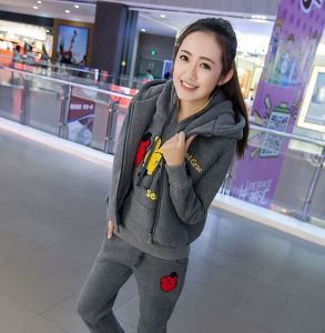 New Autumn Winter Ladies Sports Outwear pictures & photos