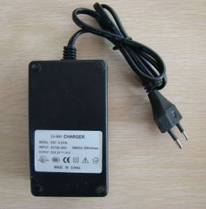 18650 Battery Charger for USA pictures & photos